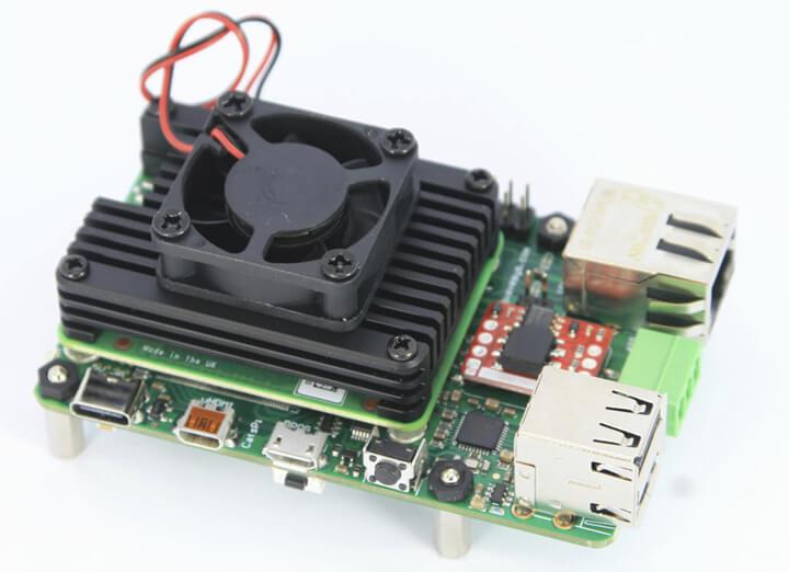 散热器或风扇组合进行冷却的Raspberry Pi CM4模块