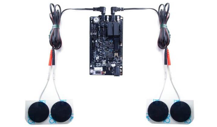 NeuroStimDuino与水凝胶电极相连