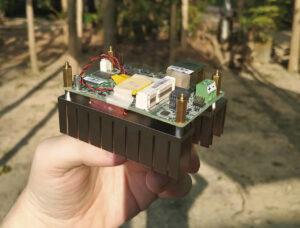 带散热器的DFI GHF51 SBC