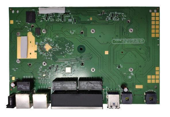 低成本 WiFi 6 和 2.5GbE 路由器板 - DR5018