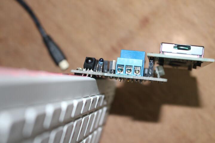树莓派键盘一体机连接接口