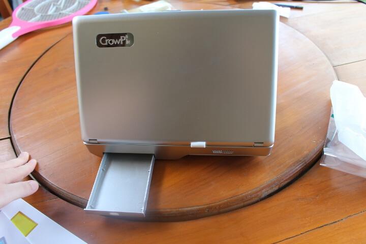 CrowPi2的存储隔间