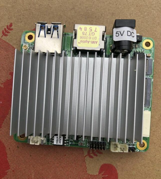 便宜的Intel Atom x5-Z8350 SBC
