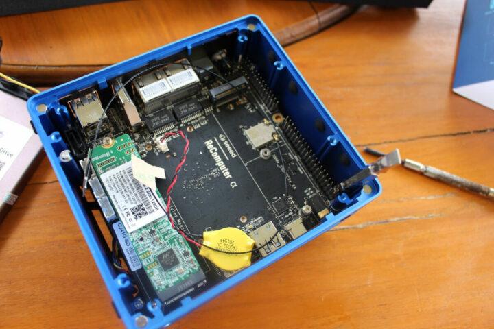 固定好的ODYSSEY-X86J4105 板正面