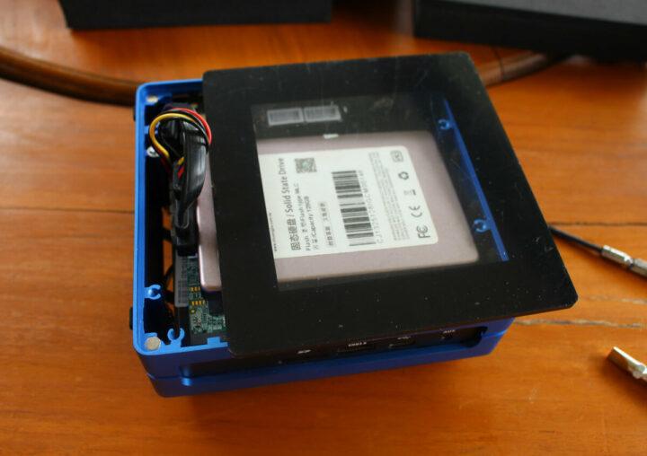 安装2.5 英寸 SSD出现问题(电缆太高)