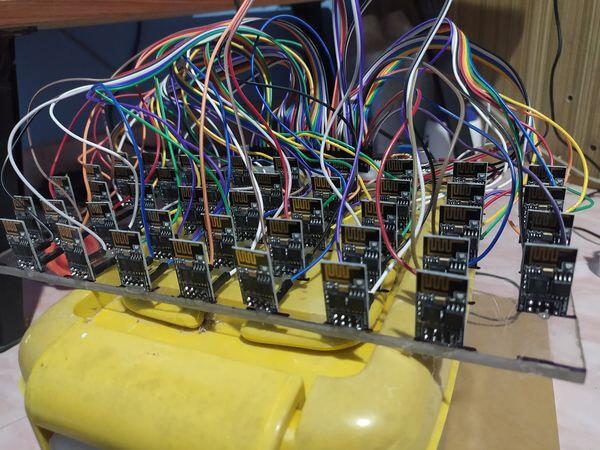 更新多个ESP-01 模块时混乱的电缆
