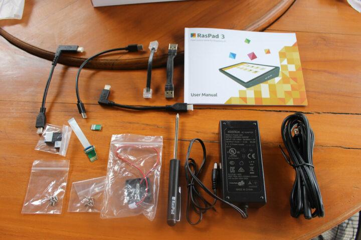 RasPad 3的用户手册及相关附件