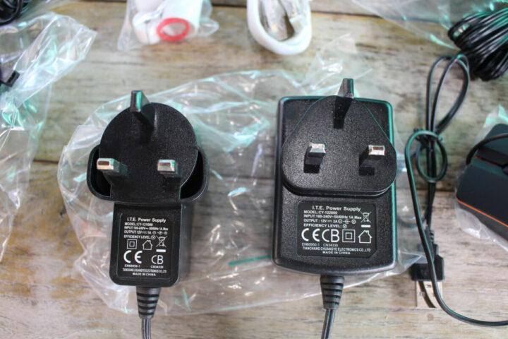 CTV和NVR摄像头电源插头