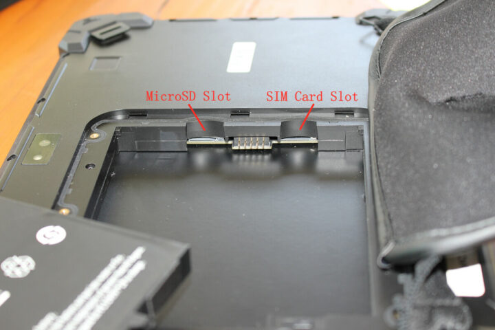 GOLE F7平板电脑的SIM卡槽和MicroSD卡槽