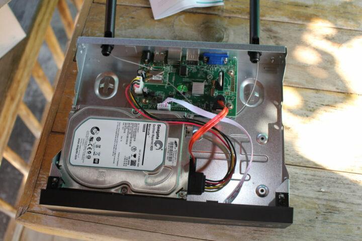 HM241-NRV硬盘安装