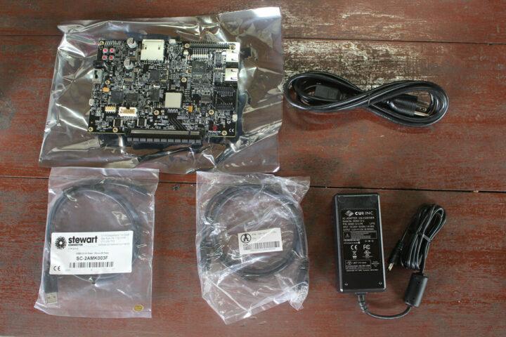 MicrochipPolarFire SoC FPGA Icicle套件